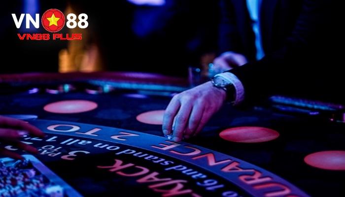 làm giàu nhờ cờ bạc